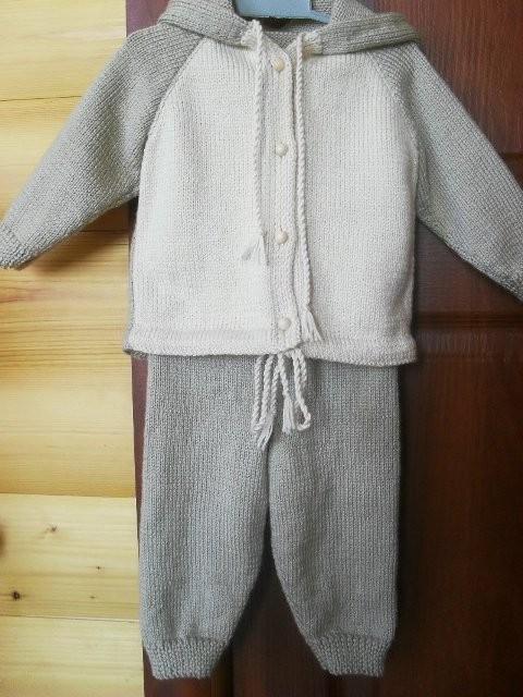 вязаные курточка и штанишки