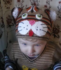 вязаная шапочка котенок спицами