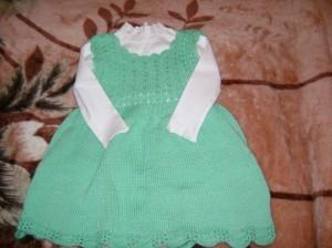 платье спицами для девочки