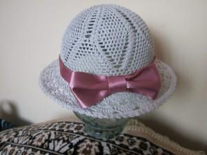 вязаная шляпка для девочки на лето