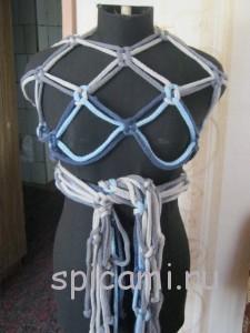 интересный вязаный шарф спицами