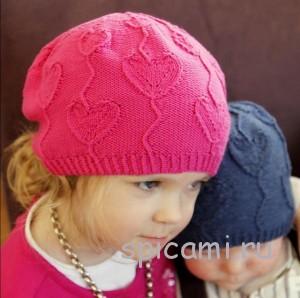 вязаная шапочка с сердечком