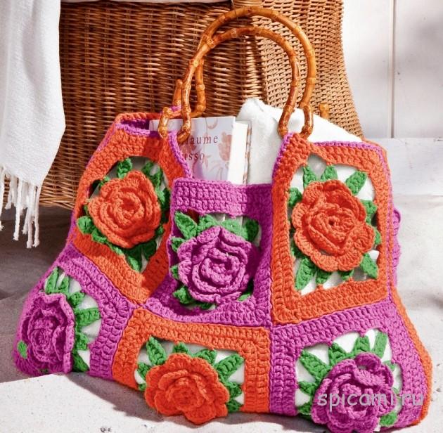 Вязаная сумочка из цветочных мотивов
