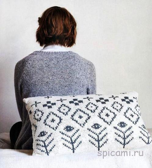 Вязаный плед и подушки с узором