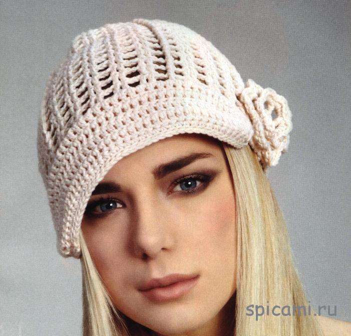 Вязаная шапочка на лето