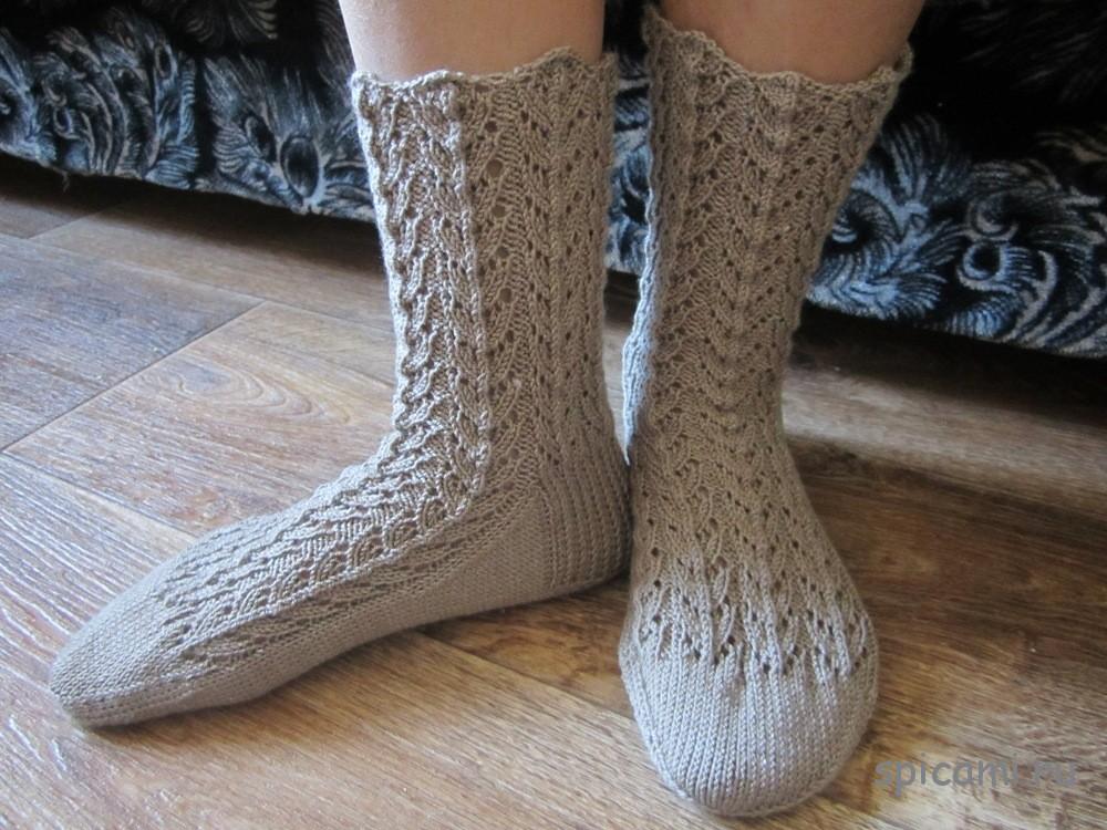 Ажурные носочки и перчатки