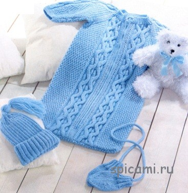Спальный мешок, шапочка и варежки