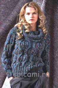 вязаный свитер из меланжевой пряжи