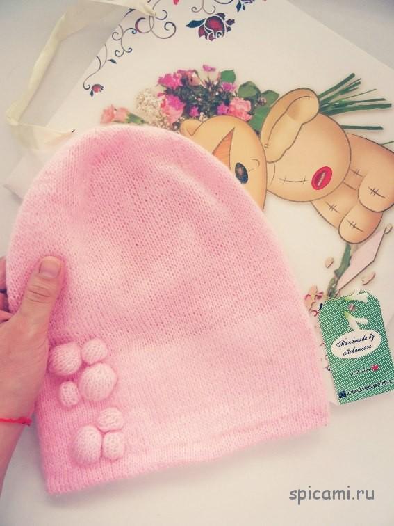 Вязаная шапочка для девочки из мохера