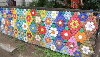Что можно сделать из пластиковых пробок из сада и огорода