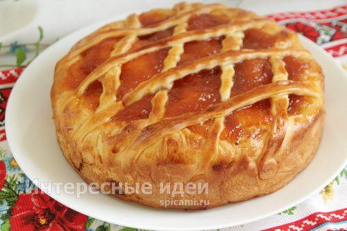 пирог из сдобного теста