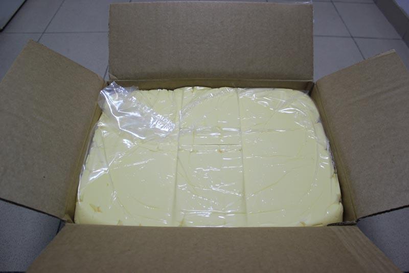 сливочное масло в целофане