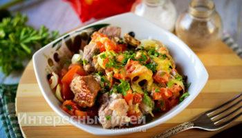Свинина запеченная с овощами — потрясающий рецепт