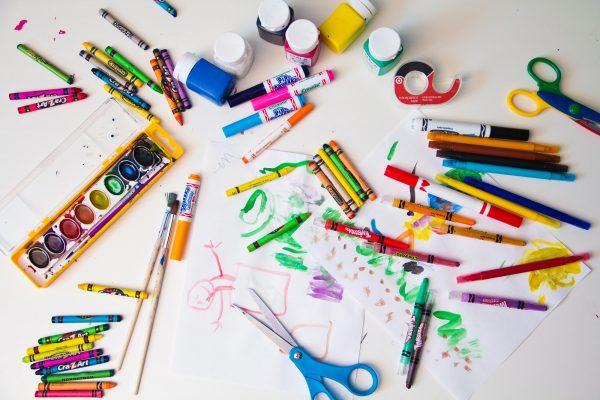 Товары для развития и творчества